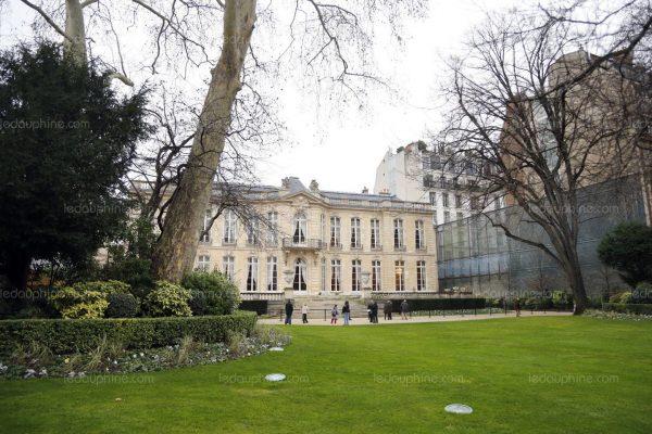 Le jardin de Matignon est ouvert au public le premier samedi de chaque mois